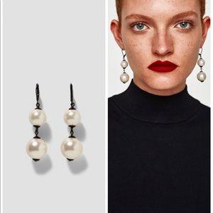 ZARA Pearly Earrings
